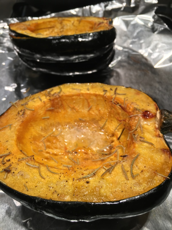 Photo of roasted acorn squash